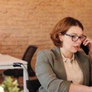 Telefonos-elsőkörös-interjú